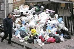 Tizi Ouzou : le FLN fait déborder le vase… et les poubelles ! dans Actualités Tizi Ouzou Ordures